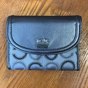 NWOT Gray Trifold Coach Wallet